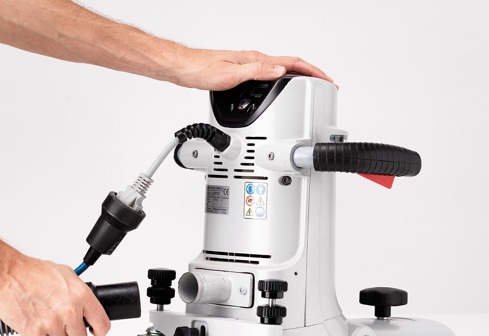 Bona Sanding Machine Edge UX With a DCS Connector